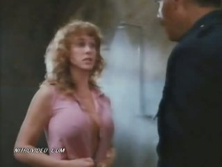 The Busty Blond Lori Jo Hendrix Screwed In The Prison Shower