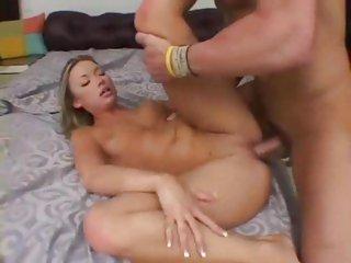 Bitch Maya Hills gets drilled up her wet gash