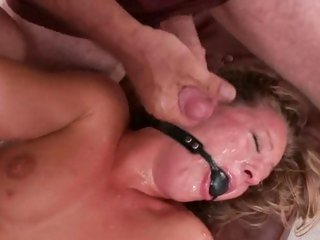 Alluring Lizzy London gets showered in hot spunk