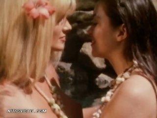 Catherine Weber and Kelly Jaye Kissing Totally Naked - Lesbian Scene