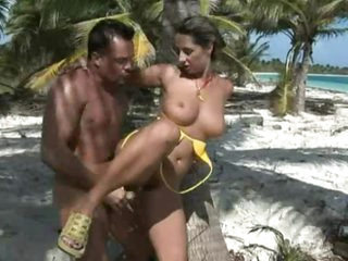 Sexy Milf Gets Her  Hairy Snatch Jammed Outdoors