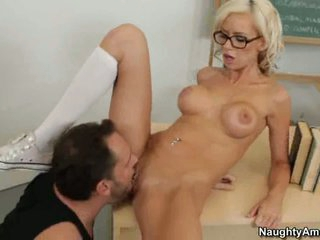Kaylee Hilton in glasses receive cunt lick on desk
