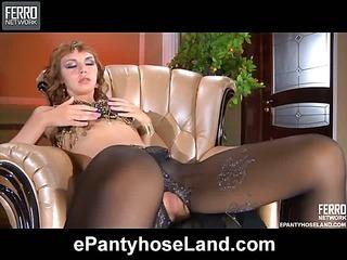 Aubrey in great pantyhose video