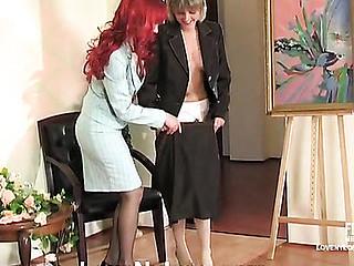 Joanna&Grace nylon paramours in action