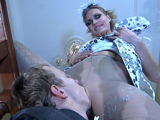 Bella&Connor uniform hose action