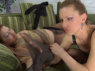 Megan&Rosa screened whilst pantyhosing