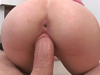 Maxi Booty gives fantastic oral and rides on big pecker