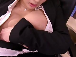 Hana Haruna in Hitomi Needs Help From Her Employee - MilfsInJapan
