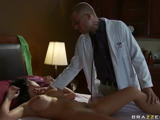 Ill European Gal Rebeca Linares Fucked By Her Doctor