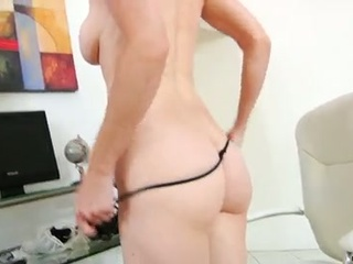 Hawt mom takes dual toy act masturbation to new heights