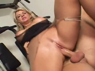 Vicky Vette the sexy milf takes dick in gym